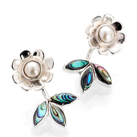Blomma örhänge silver pärla Anna Örnberg