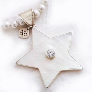 Silver hängsmycke stjärna pärlemor Anna Örnberg